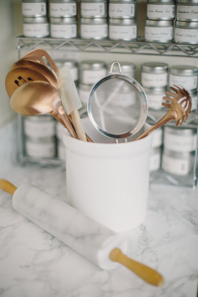 Currently craving white marble hudson grey - Applying the pretty copper accessories into your kitchen ...